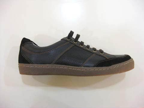 卢瓦纳男鞋