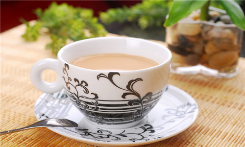 水果糖奶茶