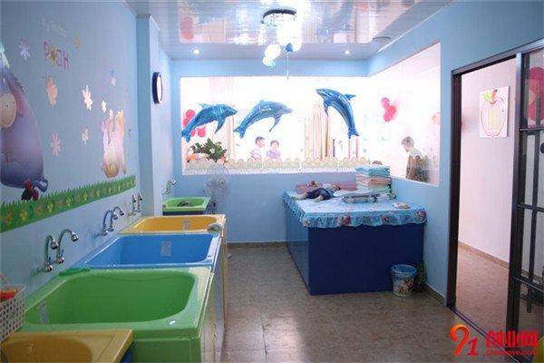 海豚Bbay婴儿游泳馆加盟项目介绍