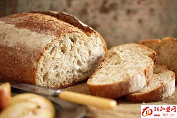 爱拉屋面包加盟
